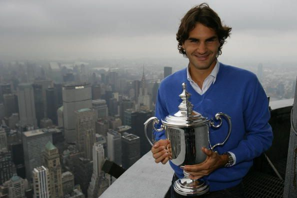 Federer celebrates his fifth consecutive US Open title in 2008