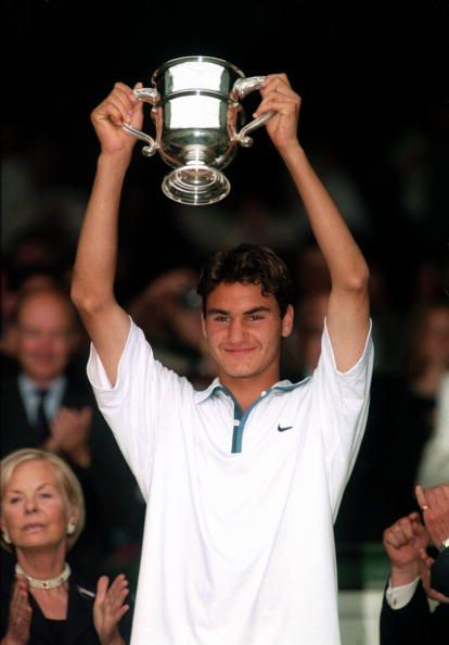 Federer wins his lone junior Grand Slam singles title at 1998 Wimbledon