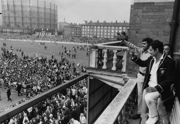 Ajit Wadekar and Bhagwat Chandrasekhar wave at the crowd