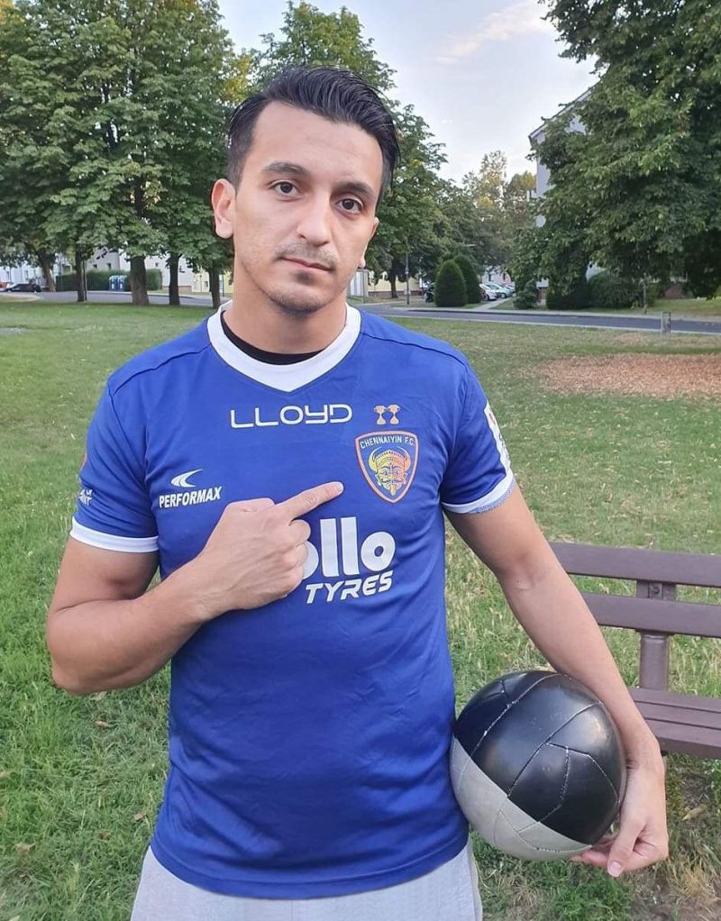 Masih Saighani in Chennaiyin FC colors.
