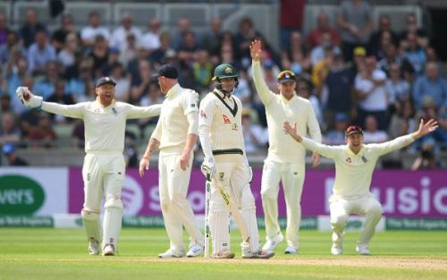 England's vociferous appeals didn't get any favour from the umpire as only the DRS helped them with Khawaja's clear nick