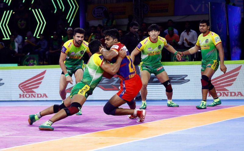 Patna Pirates brutally thrashed UP Yoddhas to win their first match of the home-leg