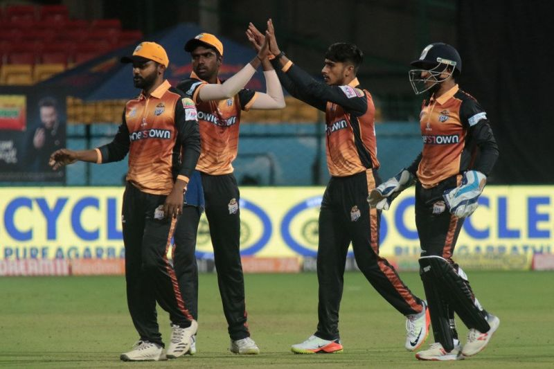 Mohammad Taha (2nd from left) had a big role to play in Hubli Tigers