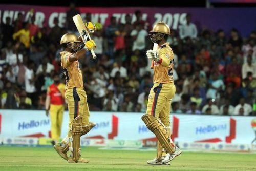 Harish Kumar S and Kaushik Gandhi of Chepauk Super Gillies during their brilliant partnership worth 76 runs against VB Kanchi Veerans in TNPL 2019