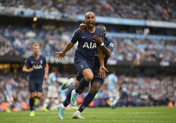 Moura scores vs Manchester City - Premier League