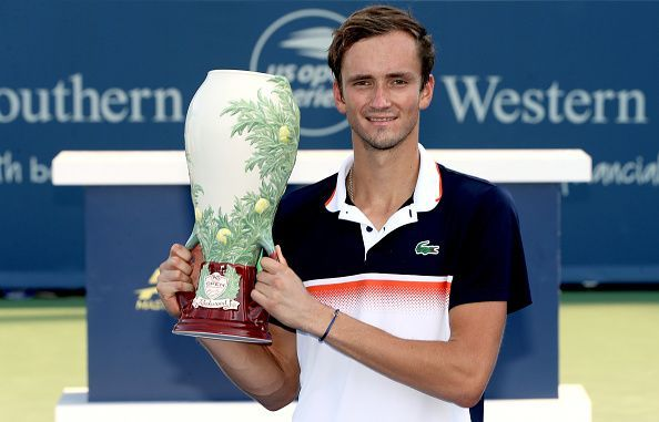 Daniil Medvedev lifts his maiden Masters 1000 title at 2019 Cincinnati Open