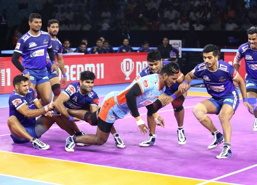 Haryana Steelers players in action