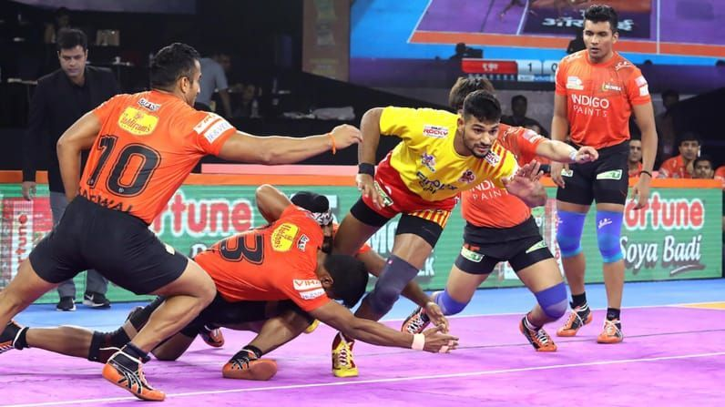 U Mumba defense put up solid defensive performance from their home leg.