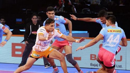 Nitin Tomar will lead Puneri Paltan's offense against Jaipur Pink Panthers in the single header of Ahmedabad leg.