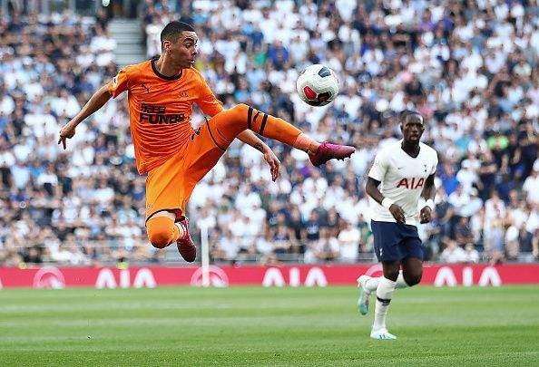 Action from the Tottenham-Newcastle game.