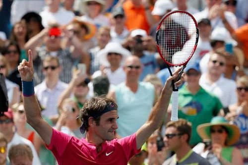 Federer beats Djokovic to celebrate a record-extending 7th Cincinnati title in 2015