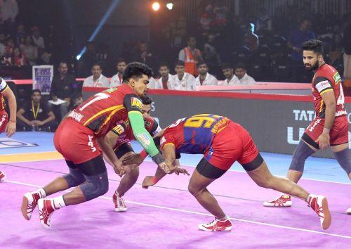 यूपी योद्धा  vs बेंगलुरु बुल्स