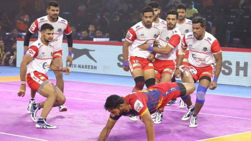 Haryana Steelers' defence took 12 tackle points against U.P. Yoddha