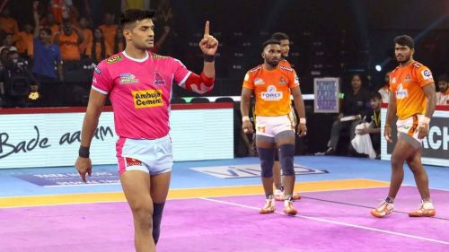 Jaipur Pink Panthers defeated Puneri Paltan in the only match of the night