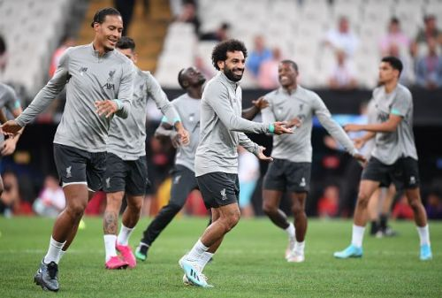 Liverpool players all-smiles in their pre-game training session