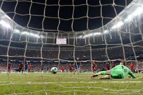 Jorginho restores parity for Chelsea from the spot
