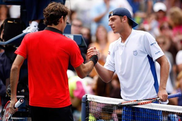 Federer beats Britton in his 50th US Open in the 2009 first round