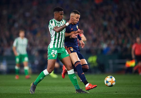 Junior Firpo in action for Real Betis.