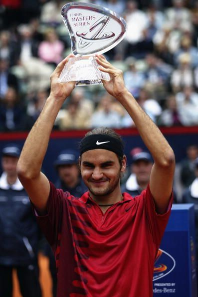 Federer beats Safin for a first Masters 1000 title at 2002 Hamburg Masters