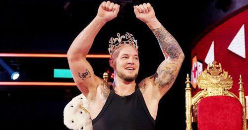 All hail the King!