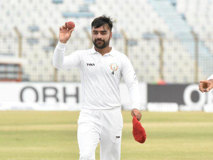 राशिद खान अभी तक दूसरी पारी में 3 विकेट चटका चुके हैं