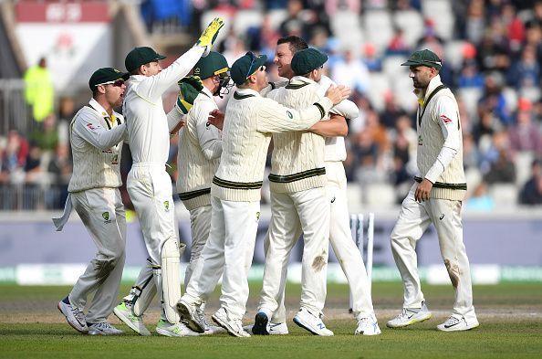 इंग्लैंड अपनी दूसरी पारी में 197 रनों पर सिमटी