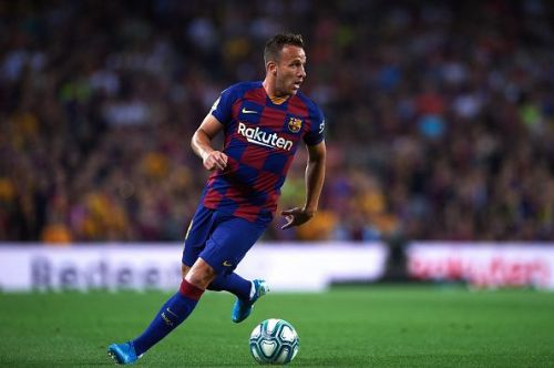 Arthur made the net bulge from distance in the first half