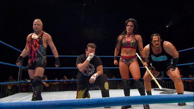 Tessa Blanchard surrounds herself with ECW originals in the presence of oVe.