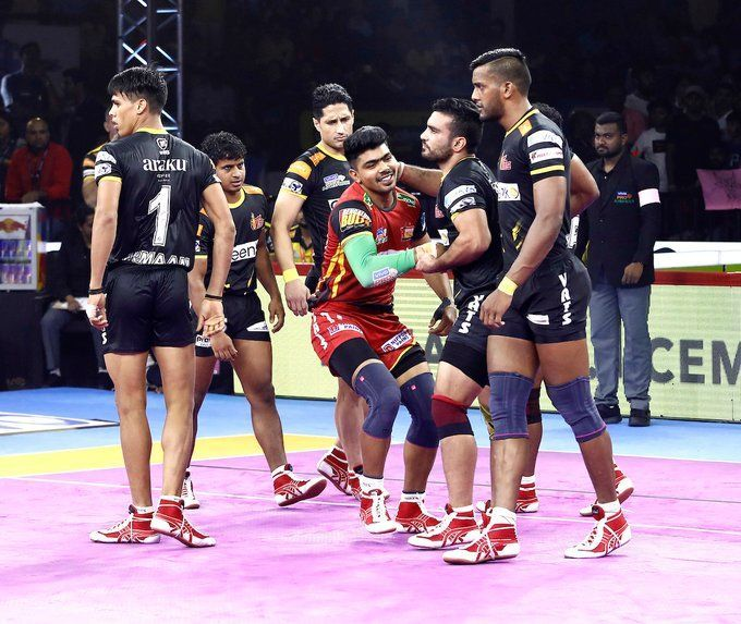 Bulls register a brilliant victory against the Titans in an exhilarating battle
