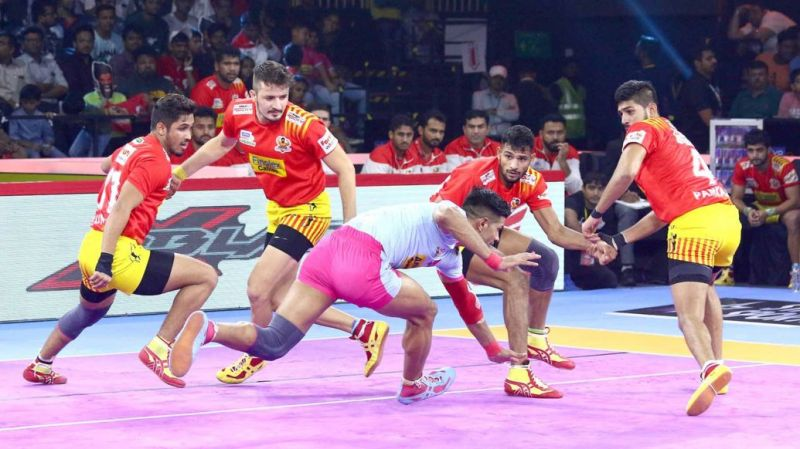 Which of these sides will triumph? (Image Courtesy: Pro Kabaddi)