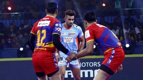 Arch-rivals UP Yoddha and Bengal Warriors lock horns in rivalry week tonight.