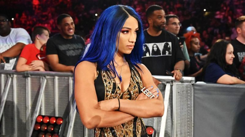 Sasha Banks will face Becky Lynch at Hell In A Cell