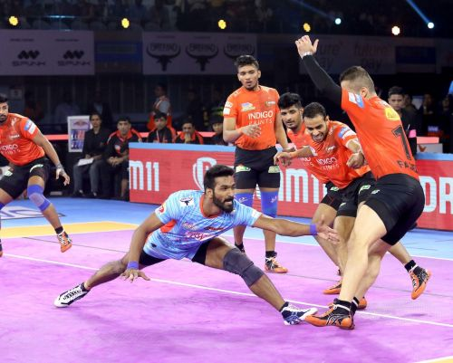 Sukesh Hegde in action against U Mumba
