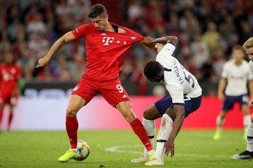 Robert Lewandowski is Bundesliga's leading scorer with 6 goalsgoals