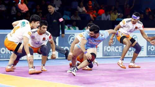 Mohammad Nabibakhsh's last-minute Super Raid helped Bengal Warriors win their first match at home