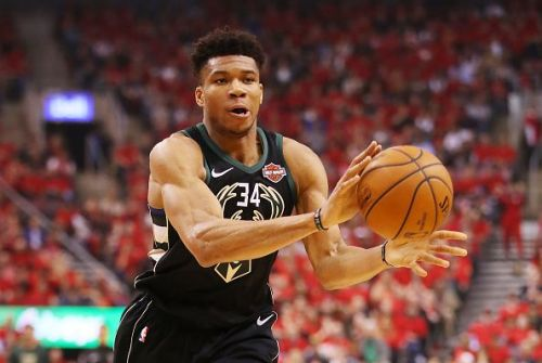 Giannis Antetokounmpo will be offered a new deal by the Milwaukee Bucks
