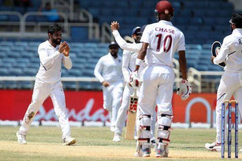 रविंद्र जडेजा और भारतीय खिलाड़ी