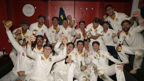 Australia celebrate retaining the Ashes