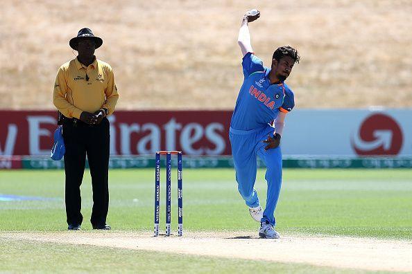 इशान पोरेल ने जम्मू-कश्मीर के खिलाफ 6 विकेट चटकाए