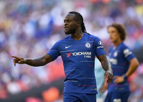 Moses playing under Conte.