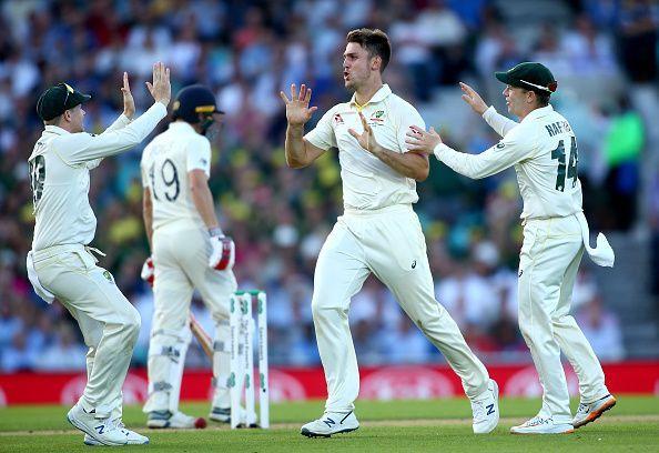 मिचेल मार्श ने 4 विकेट लिए