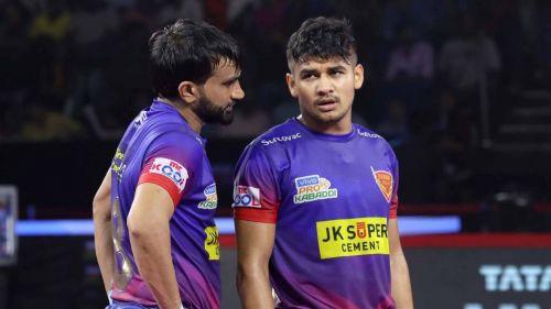 दबंग दिल्ली के कप्तान जोगिंदर नरवाल और स्टार रेडर नवीन कुमार