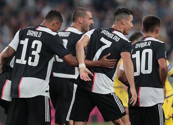 Juventus players celebrate Cristiano Ronaldo