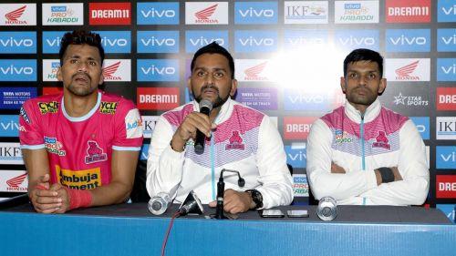 कोच श्रीनिवास रेड्डी ने डिफेंडर्स को ठहराया हार का जिम्मेदार