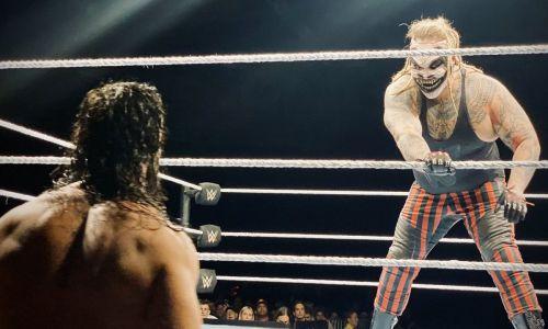 Rollins vs Fiend