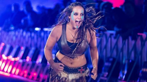 Sarah Logan has a new look thanks to some new ink!