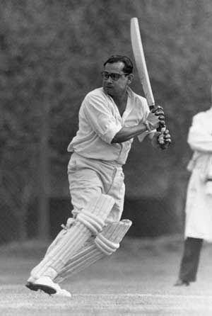 पूर्व भारतीय क्रिकेटर पंकज रॉय !