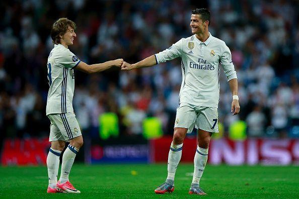 Luka Modric (L) and Cristiano Ronaldo