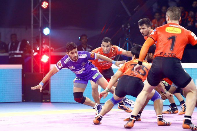 U Mumba demolished the Haryana Steelers to qualify for the semi-finals