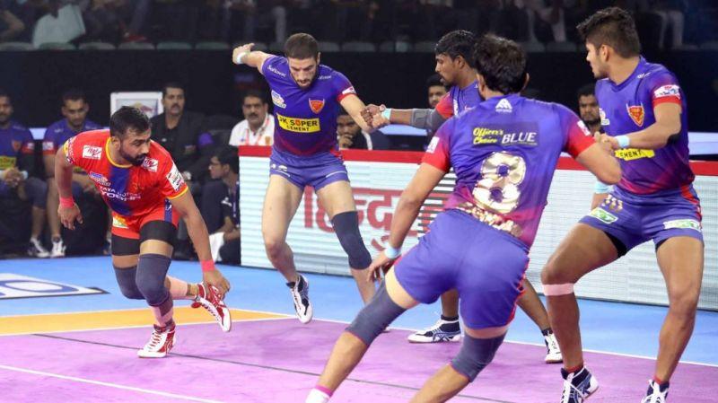Can Monu Goyat take his side to the playoffs? (Image Courtesy: Pro Kabaddi)